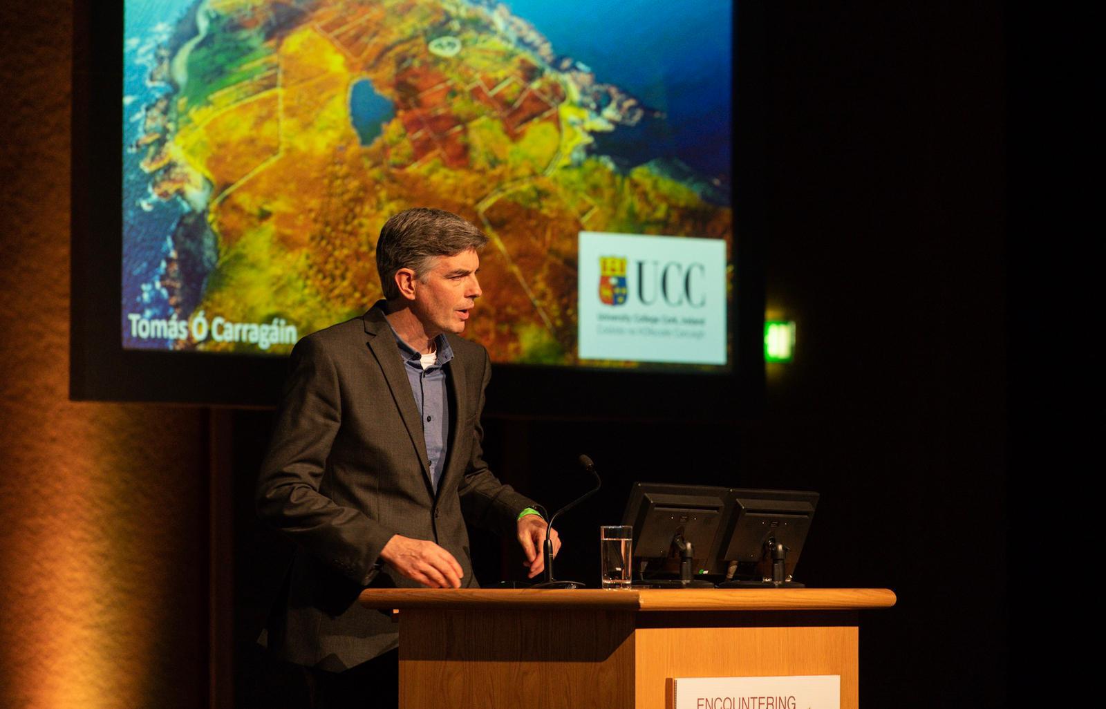 Dr Tomás Ó Carragáin, UCC